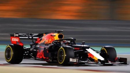 ルノー、同時に2台がトラブルでストップ@F1バーレーンGP