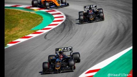 ハース、チームメイト同士の接触もW入賞@F1スペインGP