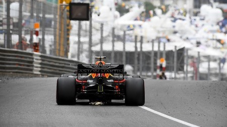 フェルスタッペンにラジエーター破損@F1モナコGP初日
