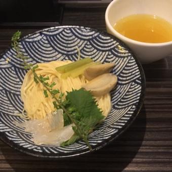 鮃潮つけ麺