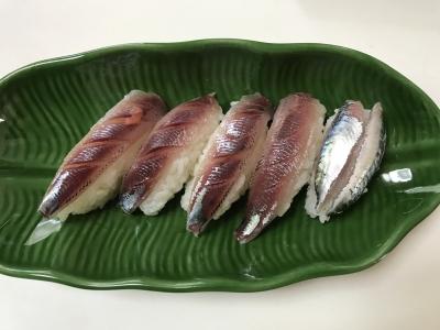 ウルメイワシとゴマサバの握り寿司