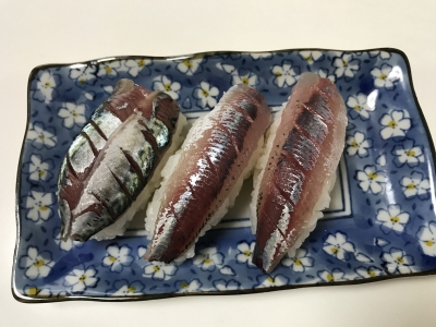 ウルメイワシとサバの握り寿司