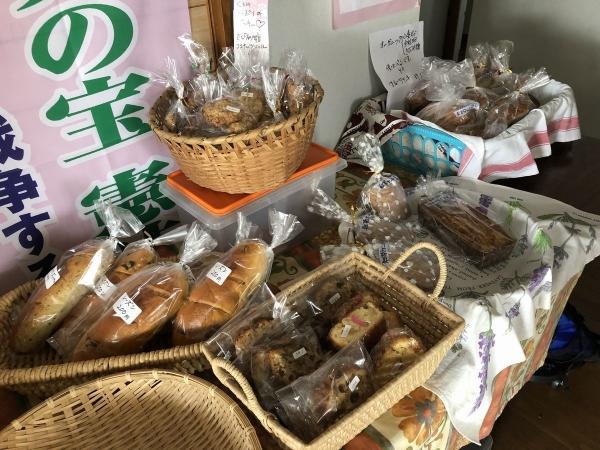 2019-06-02 ケーキやパン