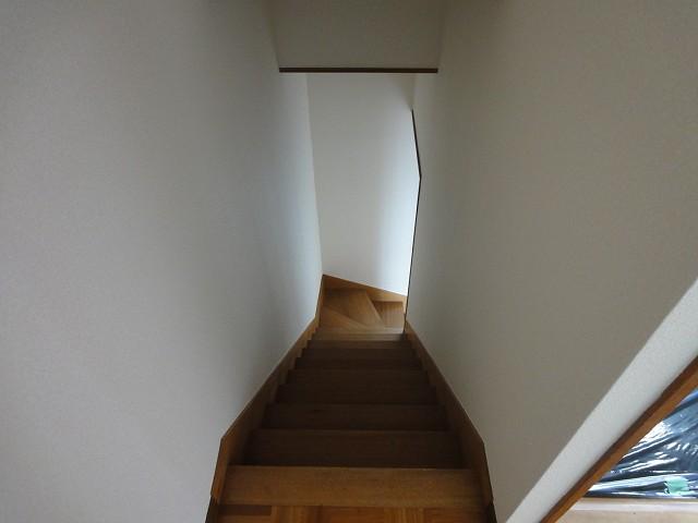 水の森ハイム階段