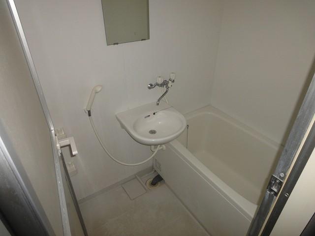 ブランドール宮町浴室