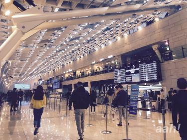 金浦空港国内線も工事が終わり綺麗になりました。