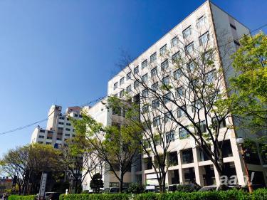 釜山大学。