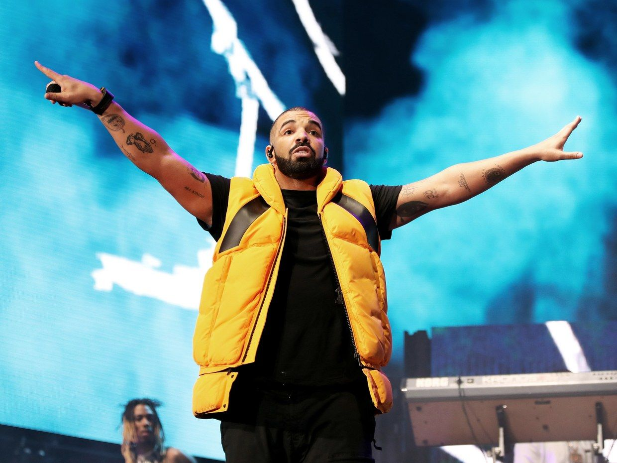 01-Drake-Culture-GettyImages-668973808.jpg