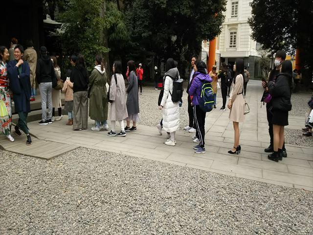 川越氷川神社の行列_R