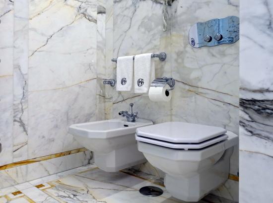 ヴィ・トイレ