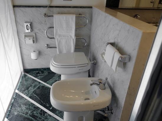 ヴェ・トイレ