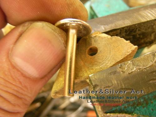 日本刀の目釘、目貫の製作 コンチョ