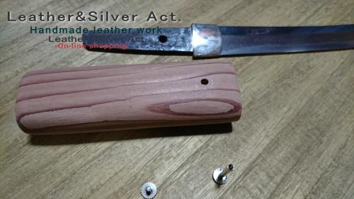 日本刀の目釘、目貫の製作コンチョ
