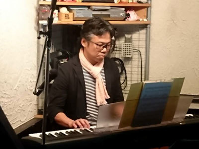 修ピアノデビュー