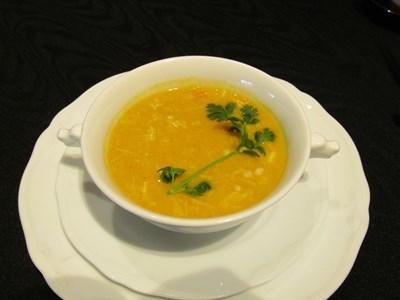 s-タラバ蟹と蟹味噌入り南瓜スープ