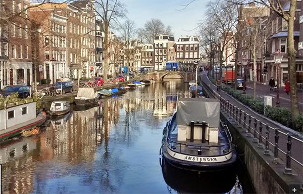オランダアムズテルダム