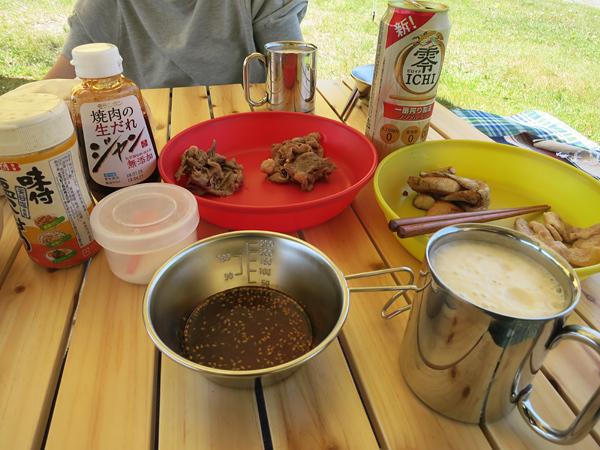 焼肉とノンアルコールすビール デイキャンプ