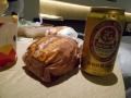 190429買い出しにハンバーガーとビールで夕食