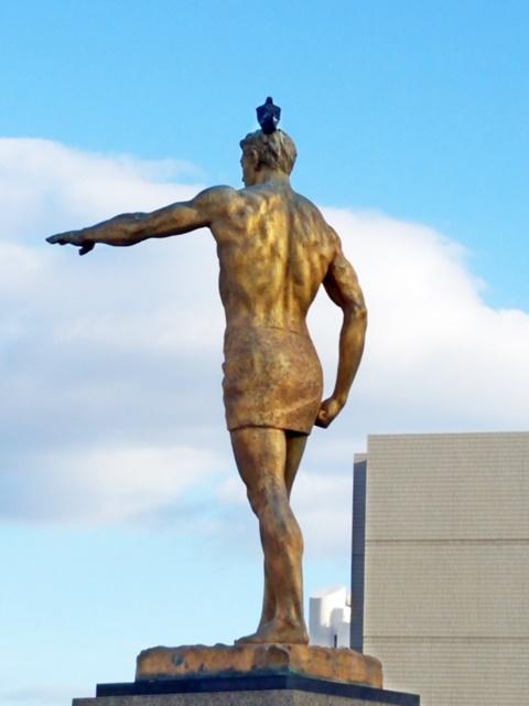 銅像ハト1-3