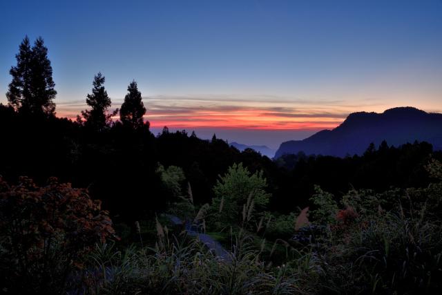 阿里山の夕暮れ時(2)