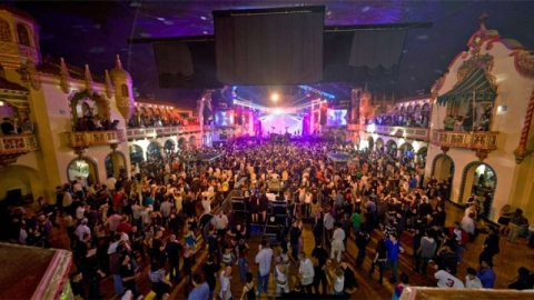 Aragon_Ballroom bm02