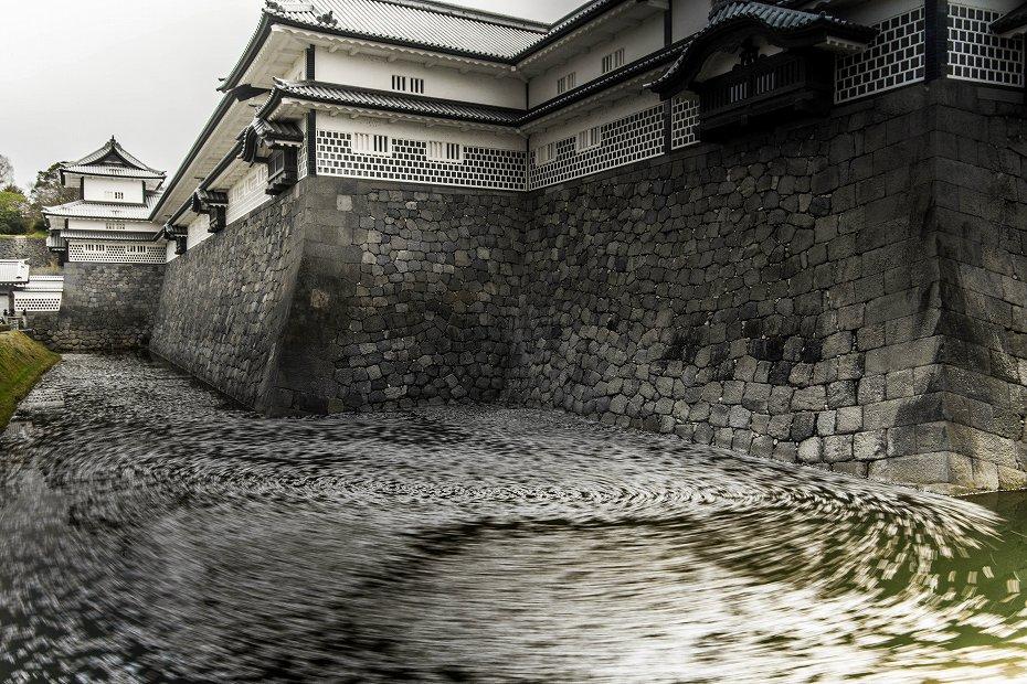 2019.04.17金沢城の花筏 1 (13)