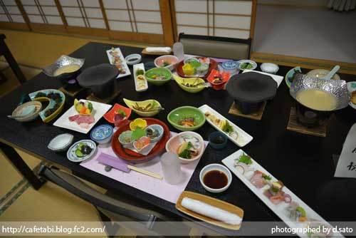 石川県 珠洲市 能登観光ホテル 夕食 和食 和牛 刺身 海鮮料理 ペットOK 美味い飯 01