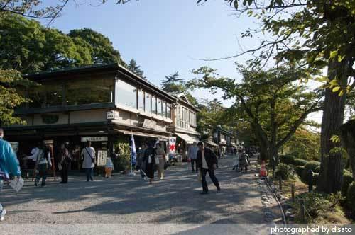 石川県 金沢市 兼六園 日本有数の名園 文化財指定庭園 特別名勝 駐車場 混んでいた 01