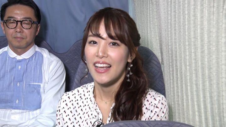 2019年04月15日鷲見玲奈の画像01枚目