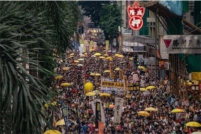 香港デモ_106625174_438caac7-caea-4cae-ab41-967ecdae2c16