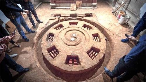 福建省の築100年の古民家の床下から「八卦陣」発見6ac4b6b0-105d-4a65-beec-670c45be974b