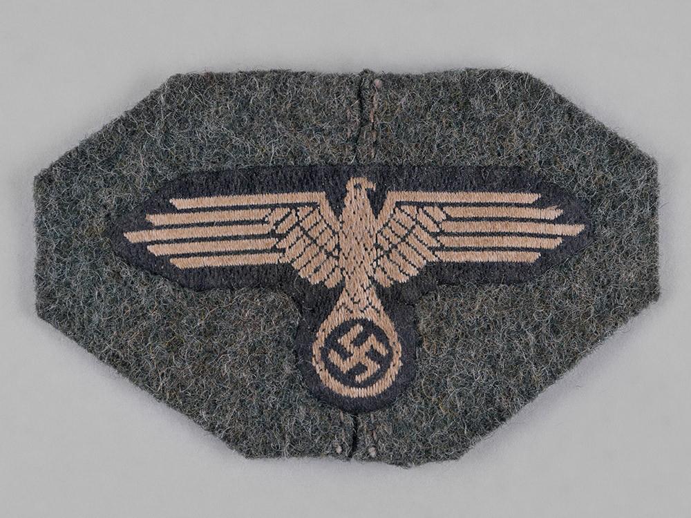 生地付きの武装SS 帽章