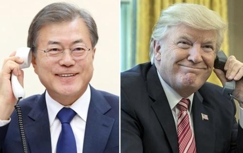文在寅大統領は7日午後、ドナルド・トランプ米国大統領と35分間の電話会談を通じ、北朝鮮が4日に打ち上げた発射体関連の情報を共有し、今後の韓半島(朝鮮半島)非核化方案について意見を交換した。(写真提供=