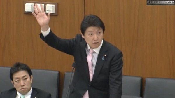 足立康史議員「国会議員に立候補してる候補者が日本にいつ帰化したかを知りたいと思ってる国民は多いと思う」