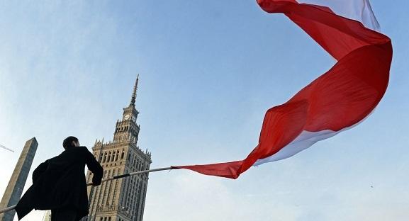 ポーランド、ドイツに戦後賠償100兆円を請求方針