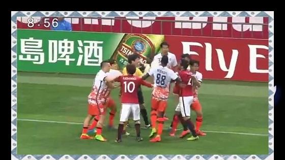 【サッカー乱闘について】 浦和・槙野に原因