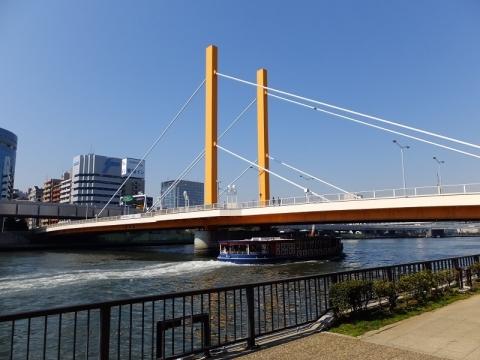 隅田川・新大橋