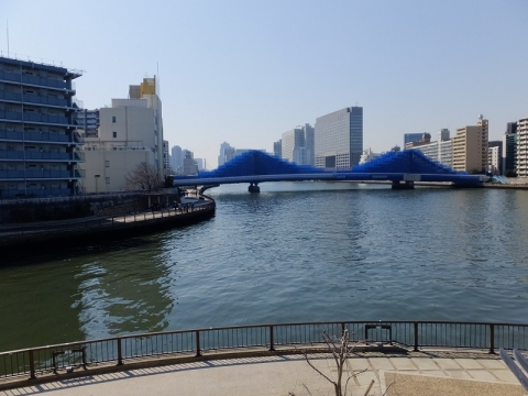 芭蕉庵史跡展望庭園から隅田川の眺め