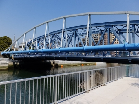 小名木川・新高橋と水管橋