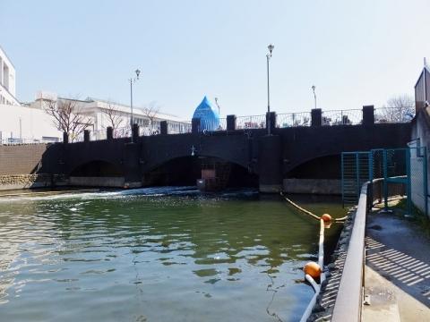 横十間川の堰