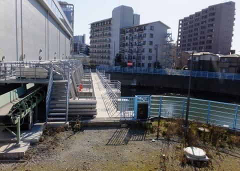 小名木川排水機場・江東区東砂2