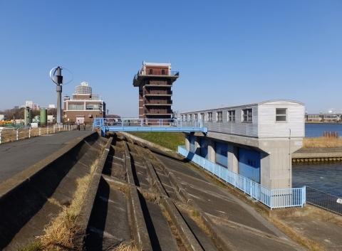 小名木川排水機場排水樋管ゲート