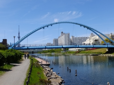 旧中川・ふれあい橋付近