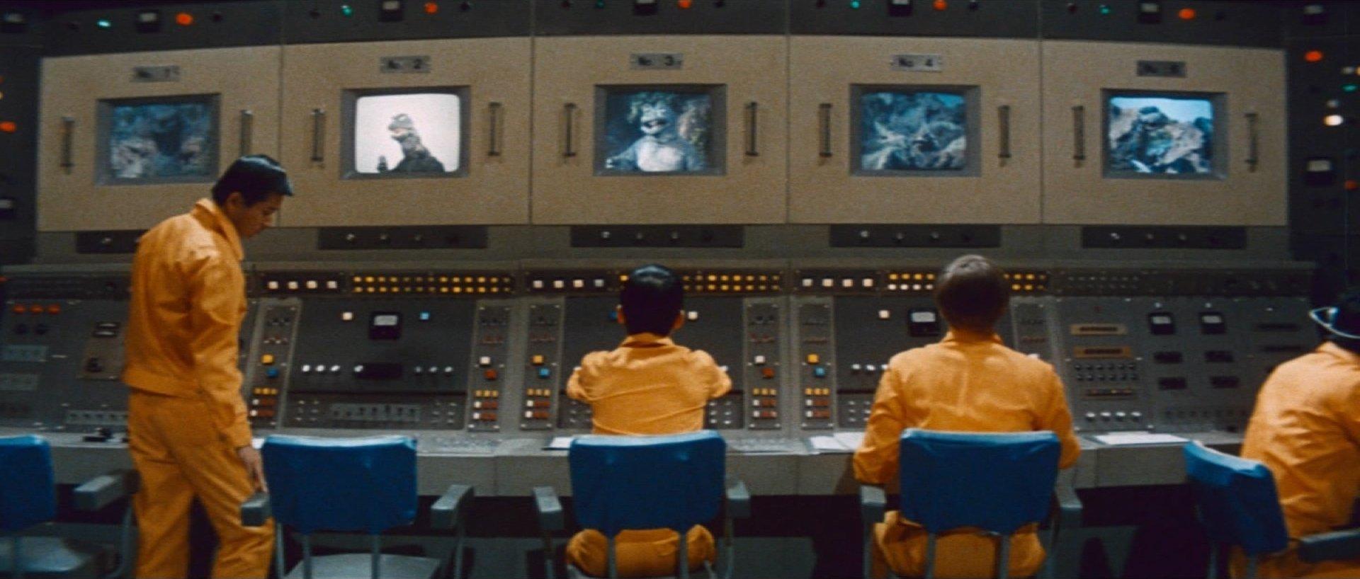 『ゴジラ電撃大作戦』人間に管理される怪獣たち