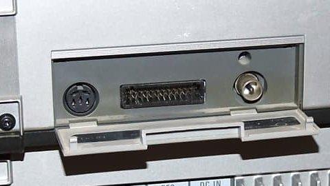 SL-F1 背面端子部