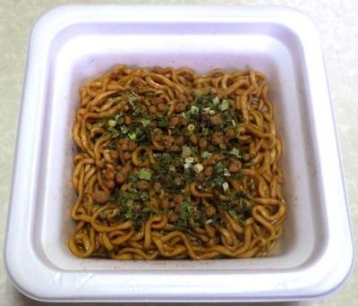 3/11発売 スーパーカップMAX 大盛り 太麺濃い旨スパイシー焼そば(できあがり)