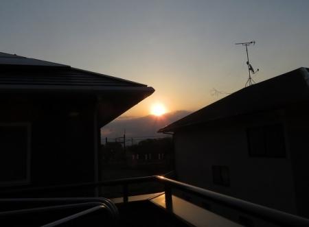焼ける朝日 2019-04-03 014