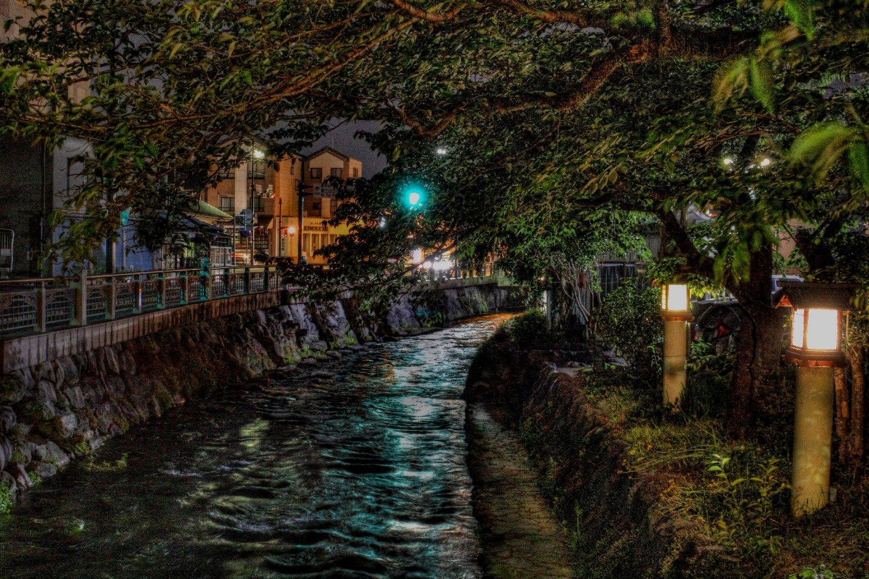 夜の神田川