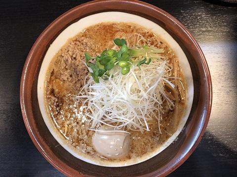 白胡麻味噌担々麺