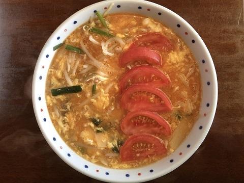 酸辣湯麺トマト